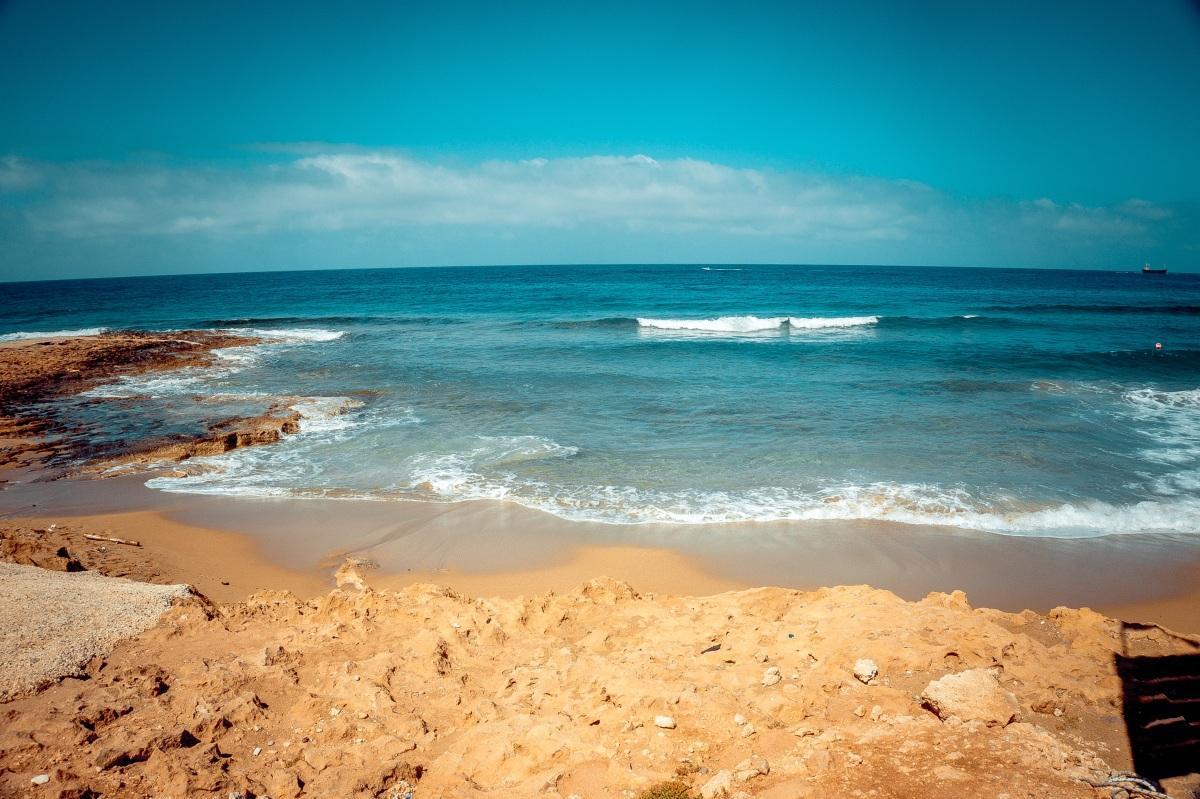 【沙滩男孩】图片免费下载_沙滩男孩素材_沙滩男孩模板